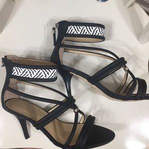 Gwen Stefani GX Black White Strappy Heels Size 8.5